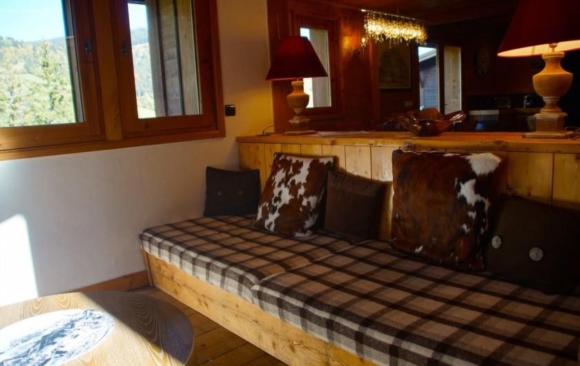 Location de vacances - Chalet à Megève - salon très lumineux