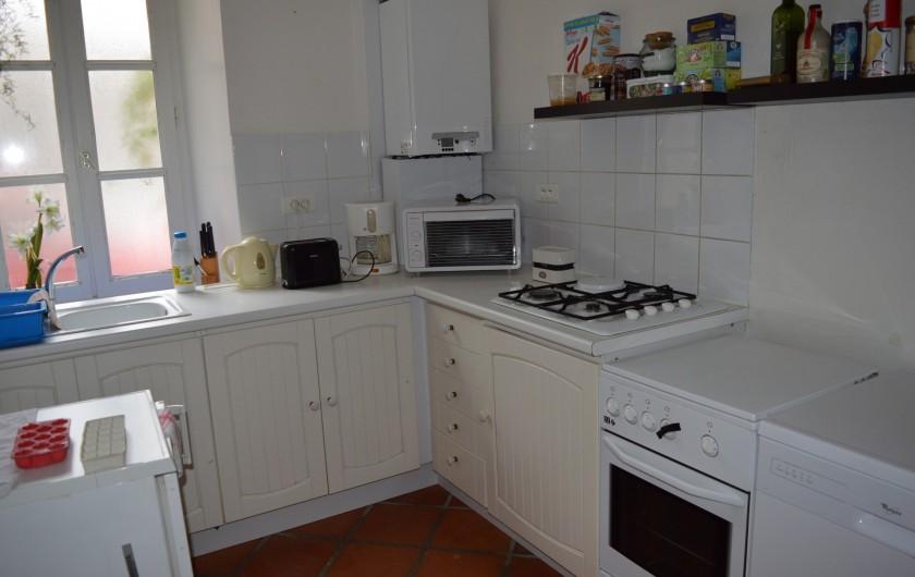Location de vacances - Appartement à Trézioux - cuisine