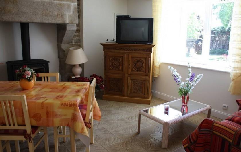 Location de vacances - Gîte à Saint-Pol-de-Léon - Séjour/salle-à-manger