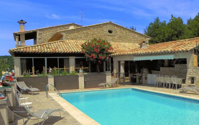 Location de vacances - Villa à Apt - Piscine avec pool house avec lave vaisselle et lave linge