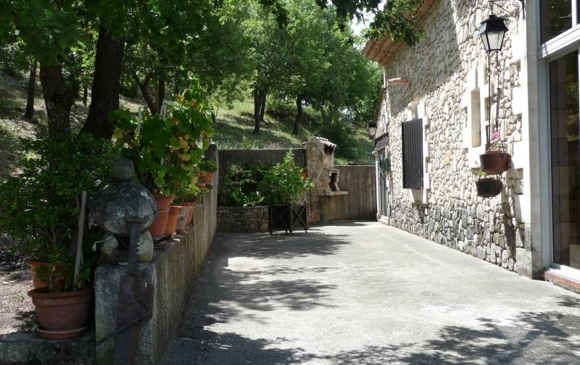 Location de vacances - Villa à Apt - Barbecue