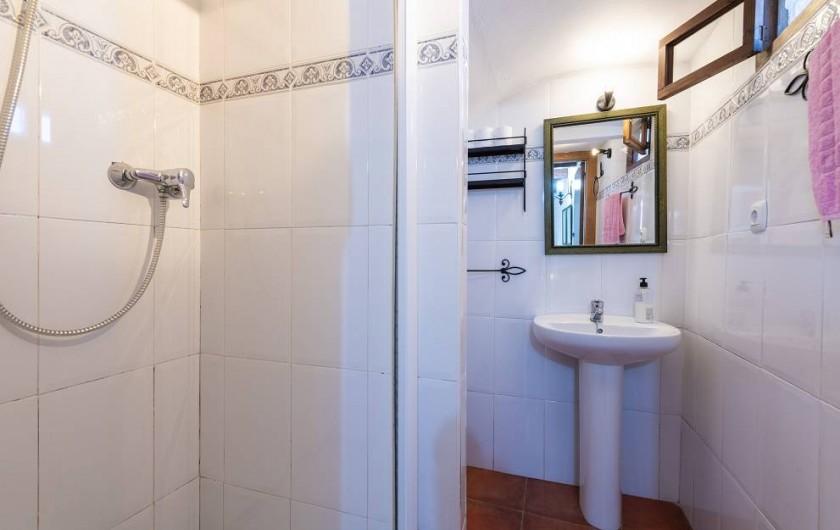 Location de vacances - Chalet à Les Cases d'Alcanar - Chambre 3 salle de bain