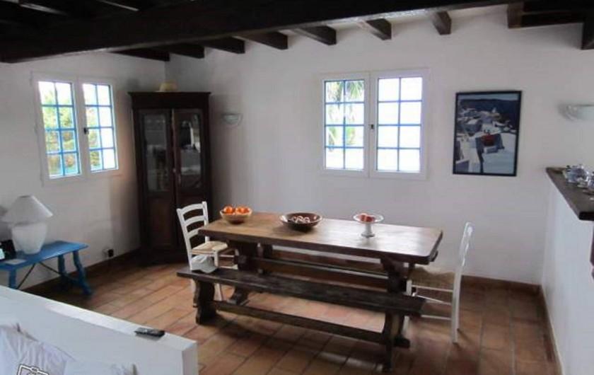Location de vacances - Villa à Porticcio - Salle à manger intérieure