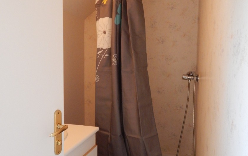 Location de vacances - Appartement à Loudenvielle - Salle de douche