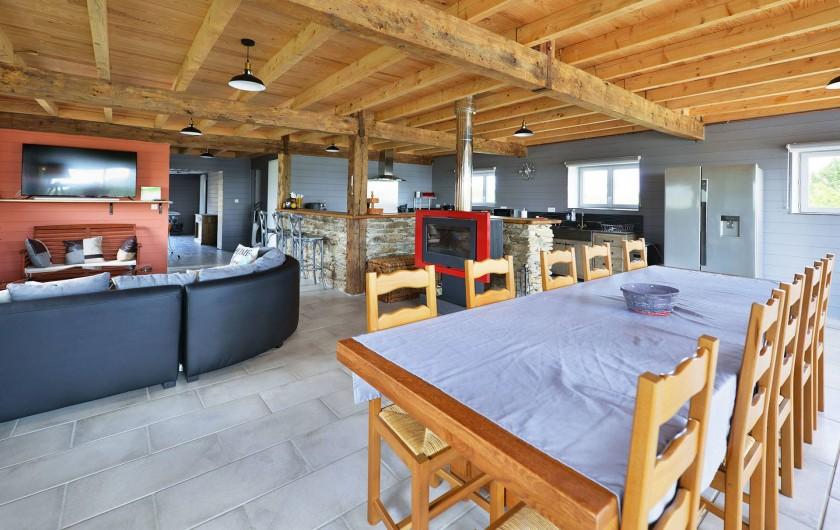Location de vacances - Gîte à La Salvetat-Peyralès - Gîte 2 - Coin repas