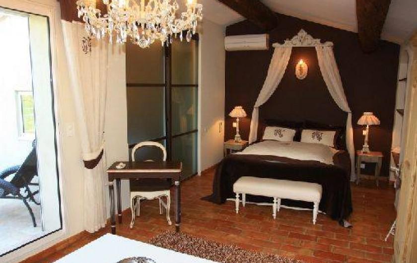 Chambre d 39 h te moulin de villefranche pernes les fontaines dans le vaucluse provence alpes - Chambre d hote villefranche ...