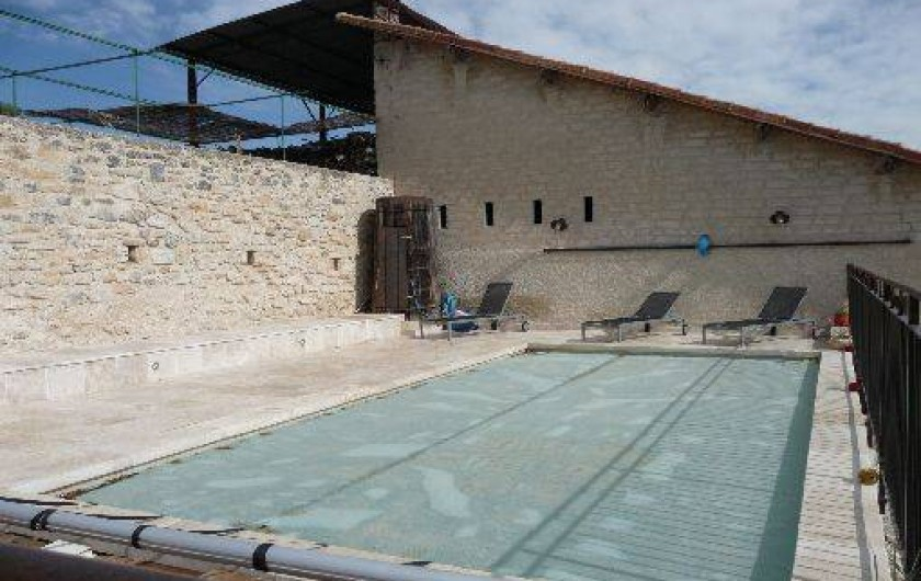 Gite dans le luberon de haute provence avec piscine for Piscine pierrevert