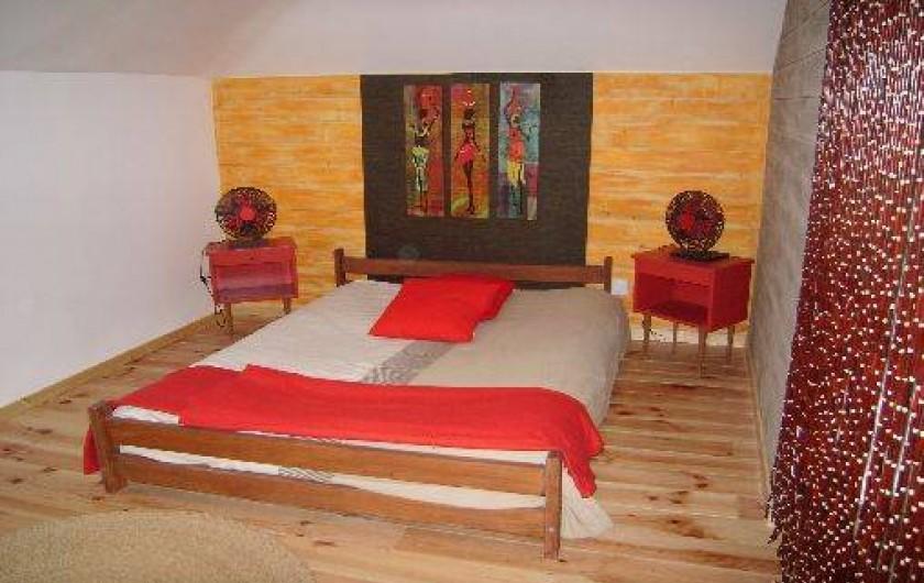Location de vacances - Gîte à Brouvelieures - Chambre Afrique partie GRENIER