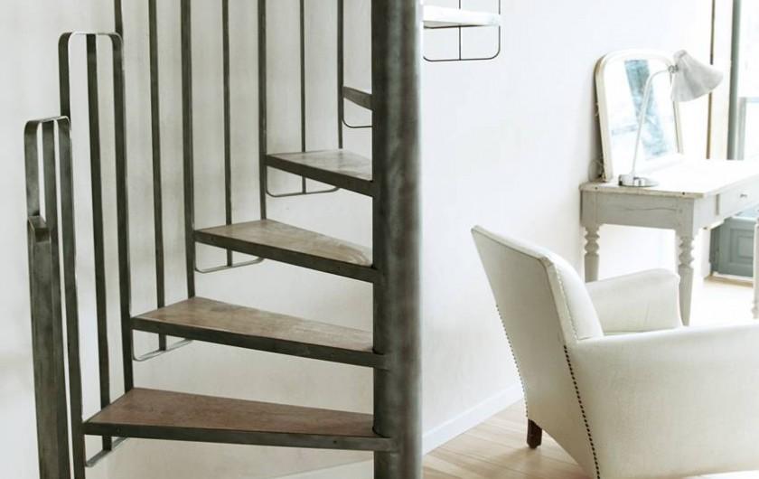 Location de vacances - Gîte à Miers - chambre 570 escalier mezzanine