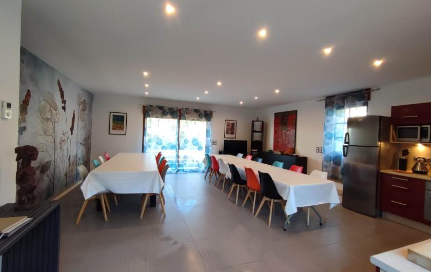 Location de vacances - Gîte à Saint-Médard-d'Excideuil - Grande salle à manger Les Figuiers