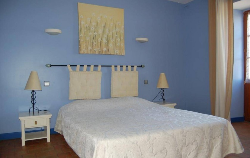 Location de vacances - Gîte à Saint-Médard-d'Excideuil - Chambre 1 gîte La Girouette