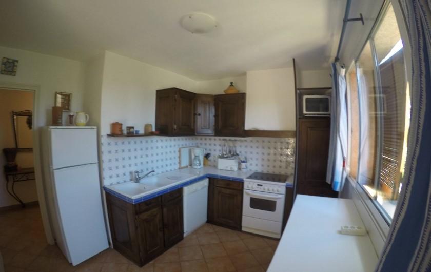 Location de vacances - Villa à Cavalaire-sur-Mer - 1er : cuisine