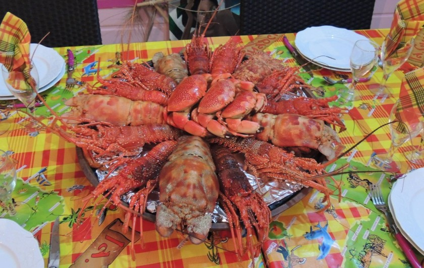 Location de vacances - Gîte à Le Moule - Soirée Langouste : au menu, royales, brésiliennes, crabes et cigales de mer