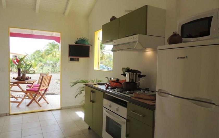 Location de vacances - Gîte à Le Moule - Votre cuisine équipée