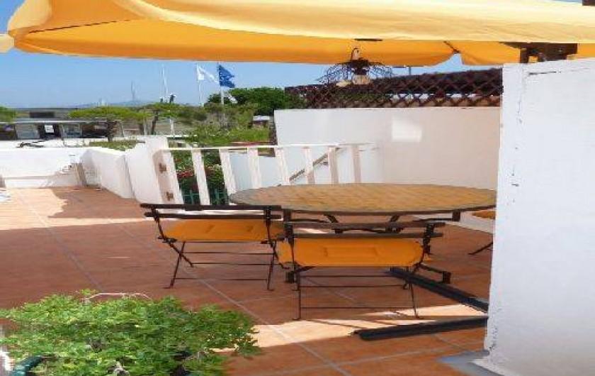 Location de vacances - Appartement à Six-Fours-les-Plages - La terrasse
