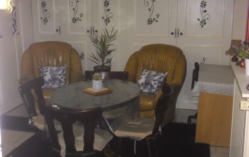 Location de vacances - Appartement à Colmar - Coin bureau également