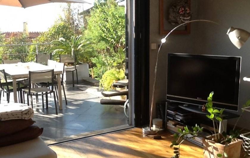 Location de vacances - Villa à Cannes - salon, terrasse