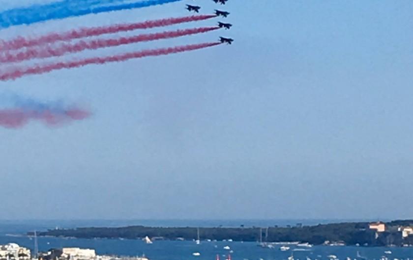 Location de vacances - Villa à Cannes - vue de la terrasse étage: événementiel