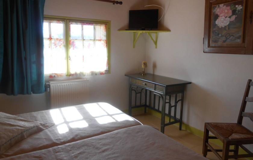"""Location de vacances - Bungalow - Mobilhome à Le Buisson-de-Cadouin - Chambre d'hôte """"Paysanne"""