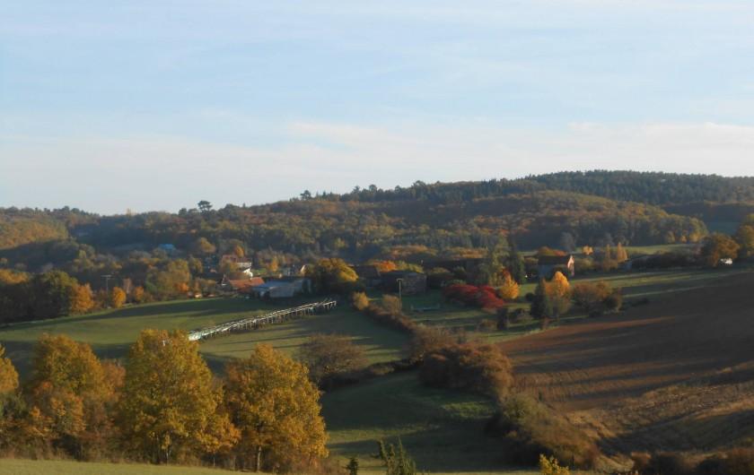 Location de vacances - Bungalow - Mobilhome à Le Buisson-de-Cadouin - Vue d'automne proche des bungalow