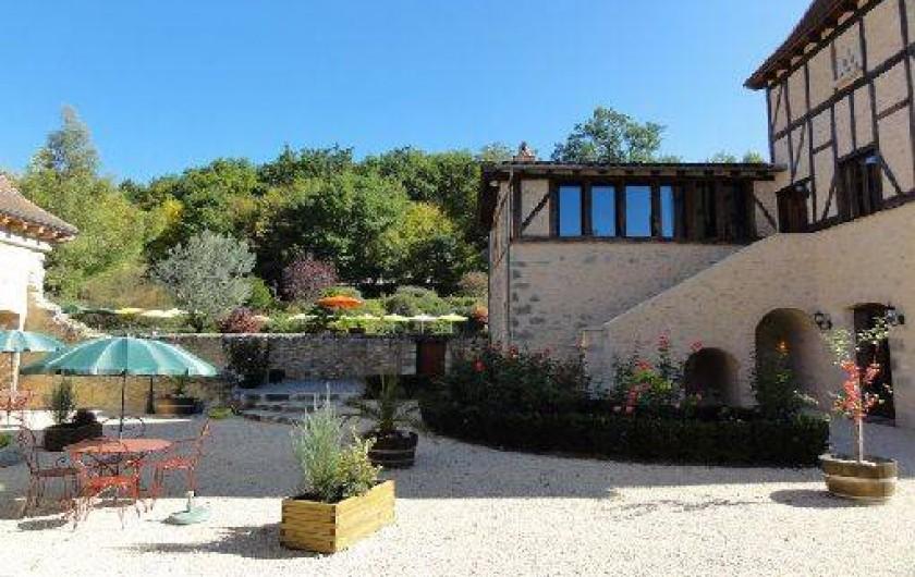Location de vacances - Chambre d'hôtes à Saint-Pierre de Caubel - La cour