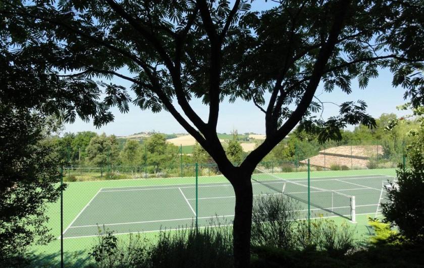 Location de vacances - Chambre d'hôtes à Saint-Pierre de Caubel - Le tennis