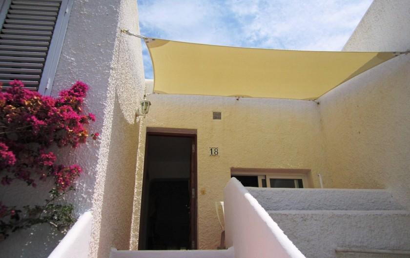 Location de vacances - Appartement à Santa Eulària des Riu - PORCHE ENTRADA