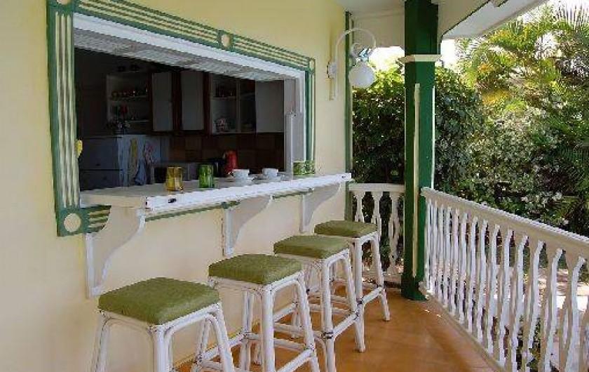 Location de vacances - Villa à Saint-François - Petit déjeuner, apéritif, ou café entre amis.