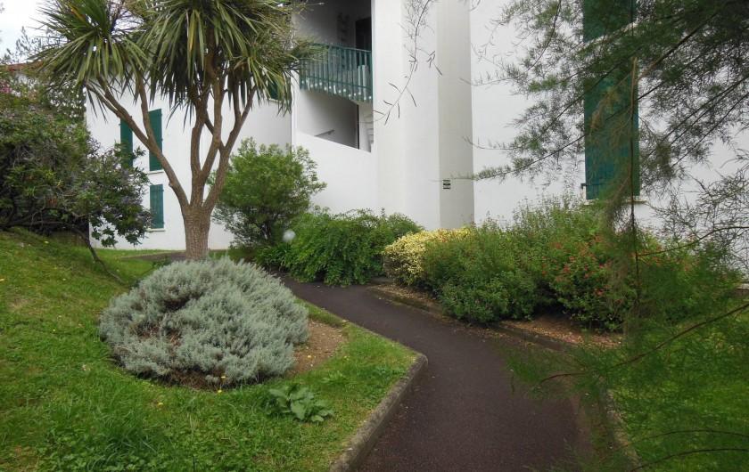 Location de vacances - Appartement à Bidart - Coté accès immeuble
