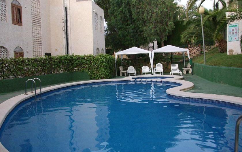 Location de vacances - Appartement à Puerto de Mazarrón - piscine comune bien exposer