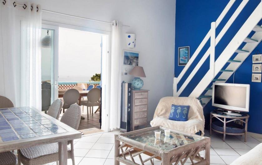 Location de vacances - Bungalow - Mobilhome à Sainte-Lucie de Porto-Vecchio - sejour villa 14 pers