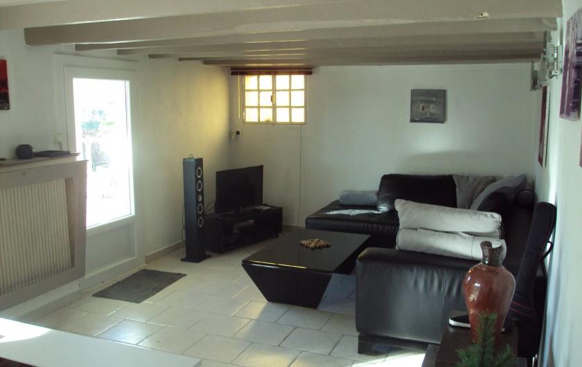 Location de vacances - Appartement à Antibes - le salon pour la détente