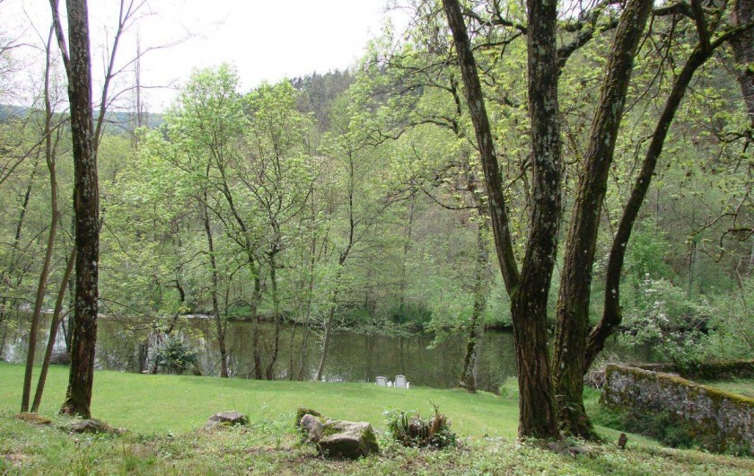 Location de vacances - Gîte à Vernoux-en-Vivarais - La grande maison (vue extérieure)