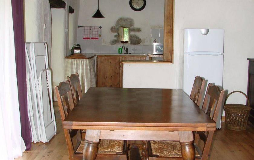 Location de vacances - Gîte à Vernoux-en-Vivarais - La grande maison (salle à manger)
