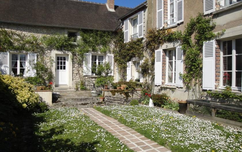 Location de vacances - Chambre d'hôtes à Saint-Loup-de-Naud - Vive le primtemps
