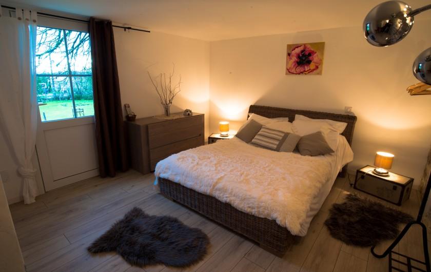 Location de vacances - Gîte à Lendou-en-Quercy - cuisine d'été  partager