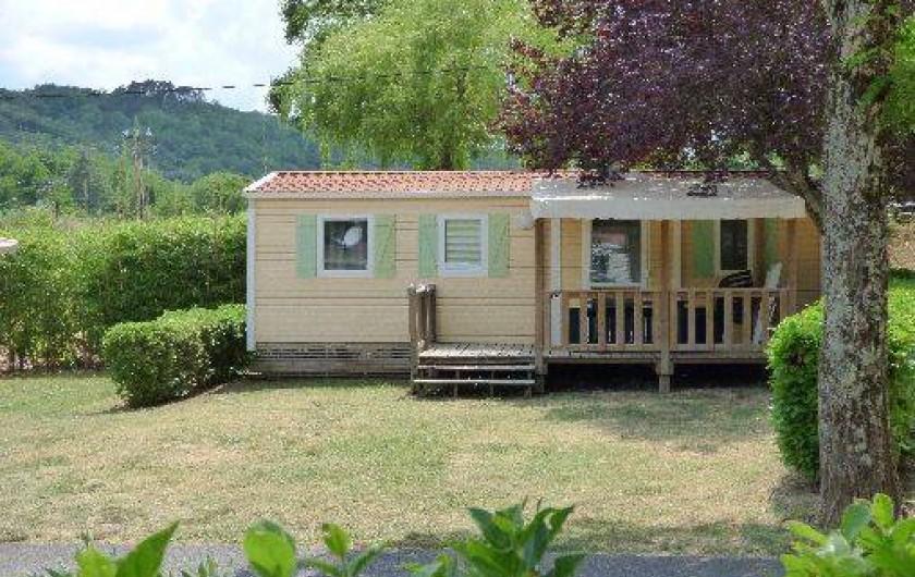 Location de vacances - Camping à Salavas - Mobil home Super Titania  6 personnes