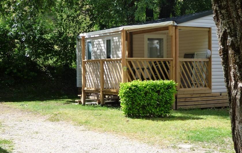 Location de vacances - Camping à Salavas - Mobil home loggia  2 chambres climatisé
