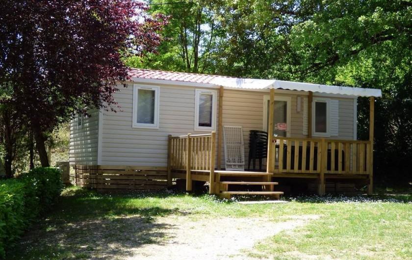 Location de vacances - Camping à Salavas - Mobil home 3 chambres climatisé