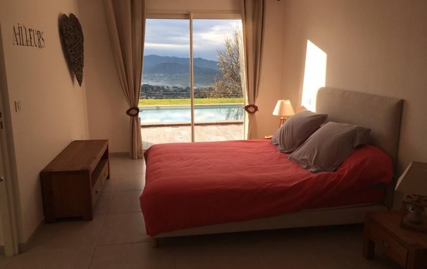 Location de vacances - Villa à Ollioules - chambre parentale