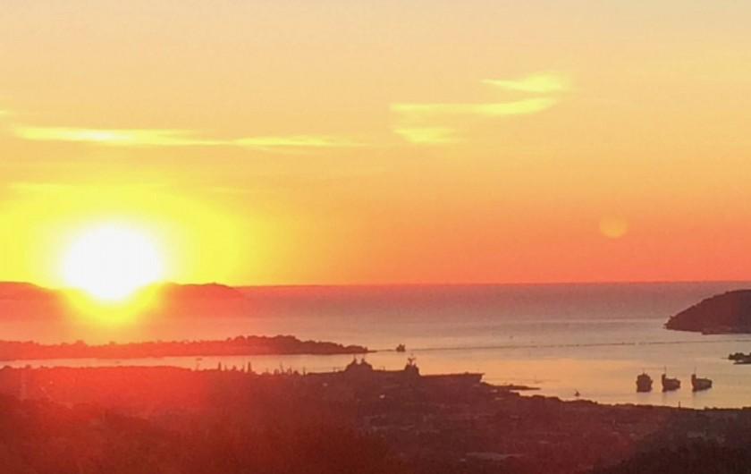 Location de vacances - Villa à Ollioules - lever du soleil