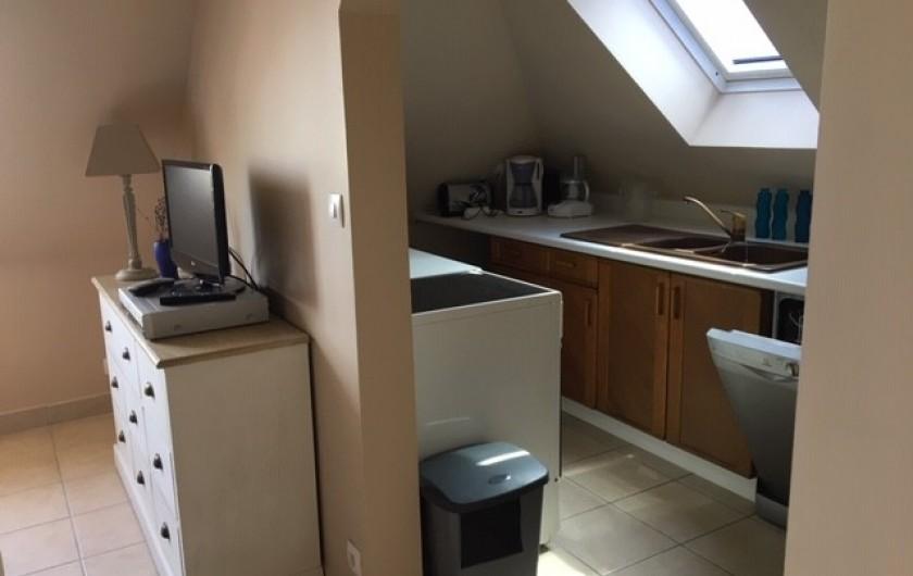 Location de vacances - Appartement à Merville-Franceville-Plage - Studio cuisine