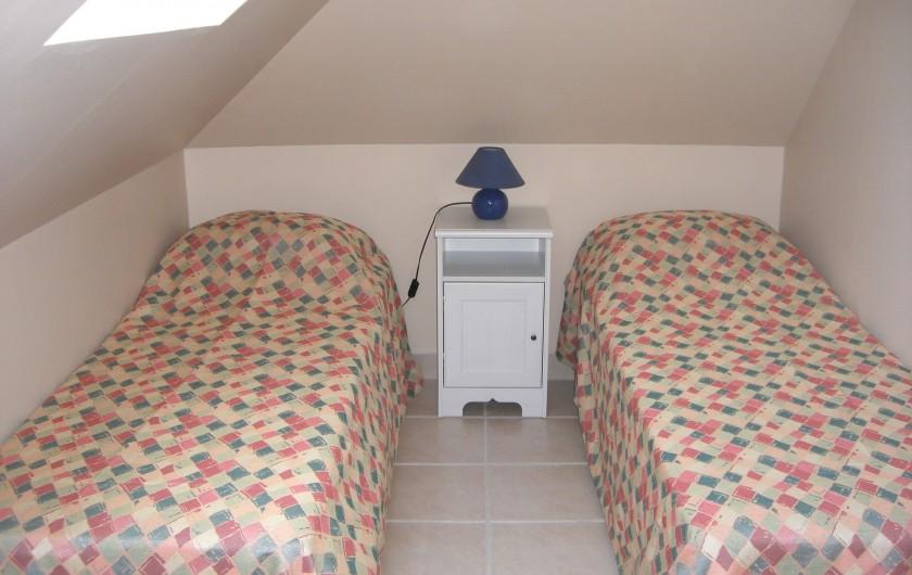 Location de vacances - Appartement à Merville-Franceville-Plage - Chambre 2 lits de 70/190 ou former 1 lit 140/190