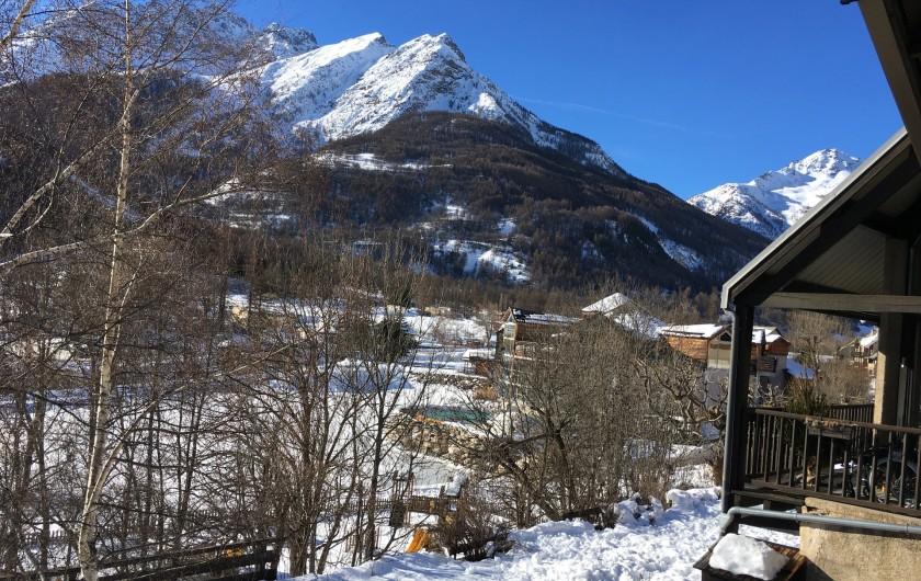 Location de vacances - Appartement à Le Monêtier-les-Bains - Vue direction col du Lautaret