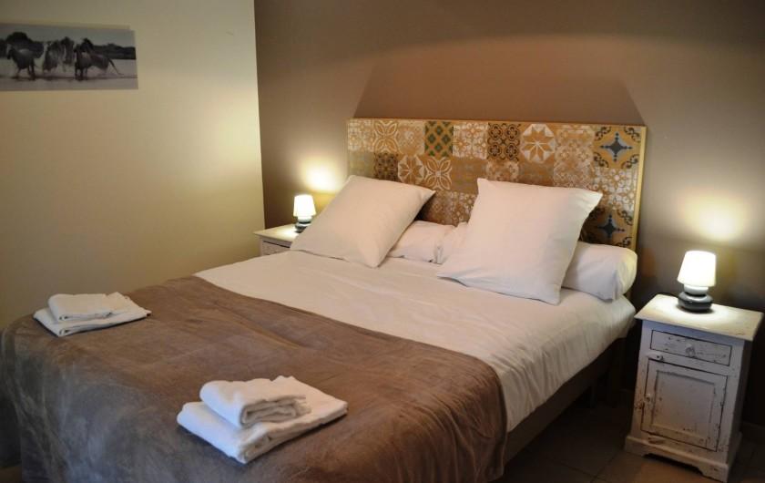 Location de vacances - Gîte à Lougratte - Chambre accés handicapé 1 lit double avec sa salle de douche