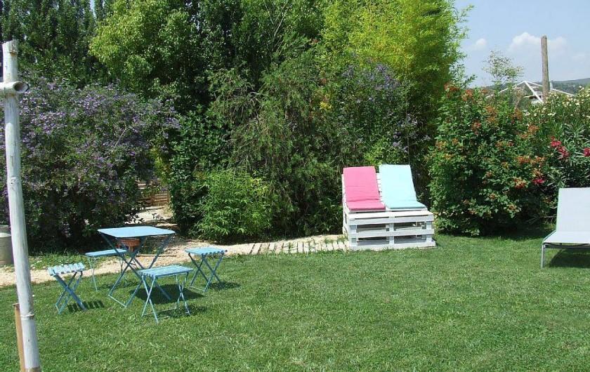 Location de vacances - Appartement à La Cadière-d'Azur - coin bronzette