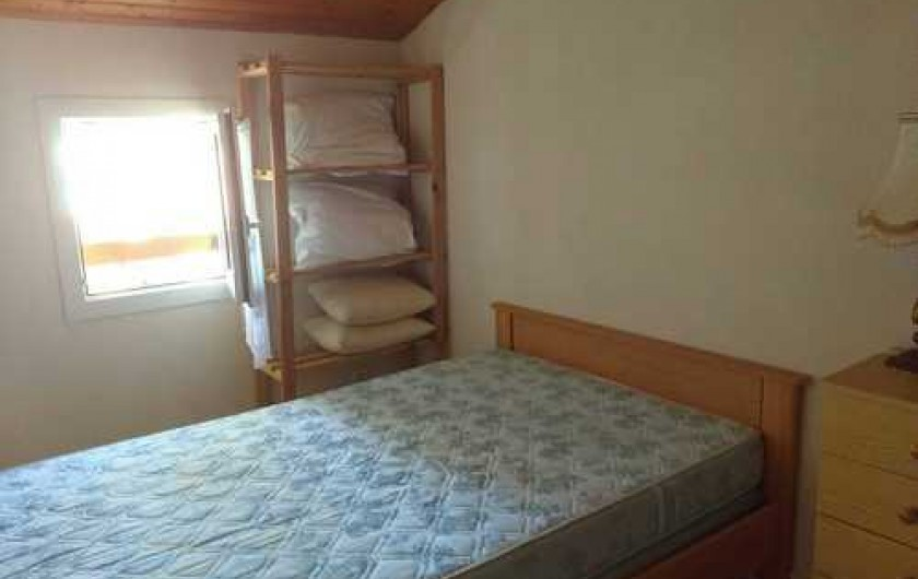 Location de vacances - Maison - Villa à Ronce les Bains - Etage : chambre 2 coté fenêtre