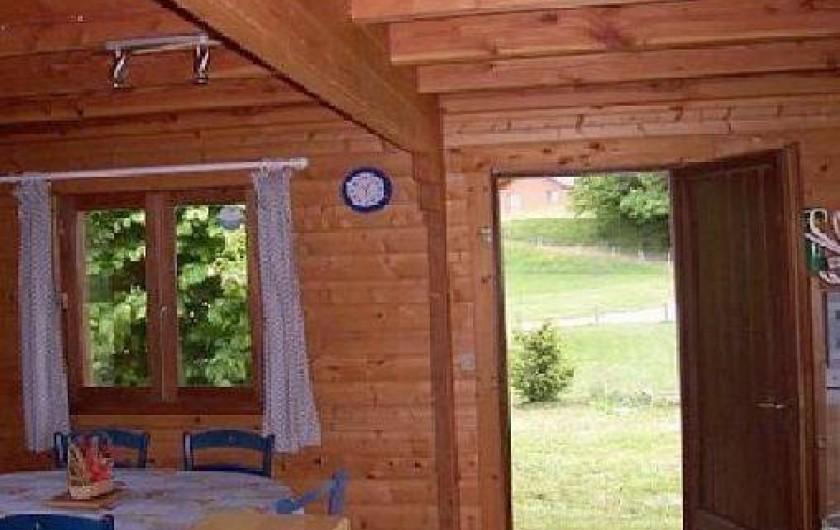 Location de vacances - Chalet à Camps-Saint-Mathurin-Léobazel
