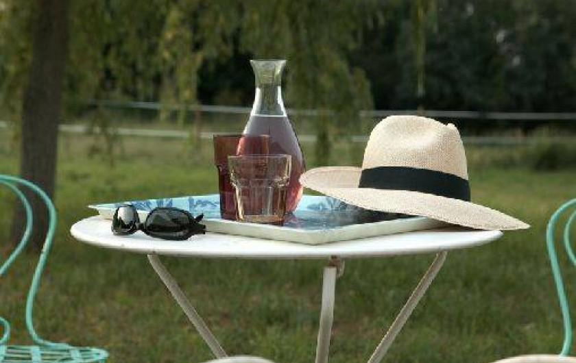Location de vacances - Villa à Berthenay - Jardin derrière la maison