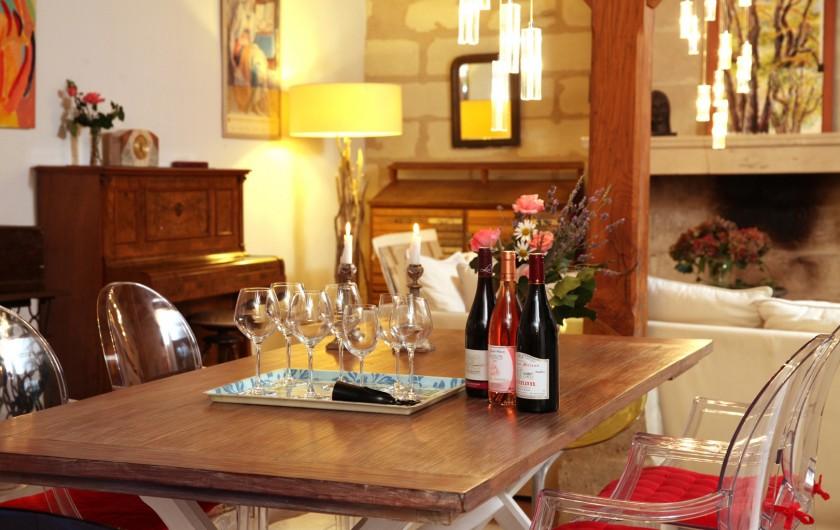 Location de vacances - Villa à Berthenay - large table for meals with friends